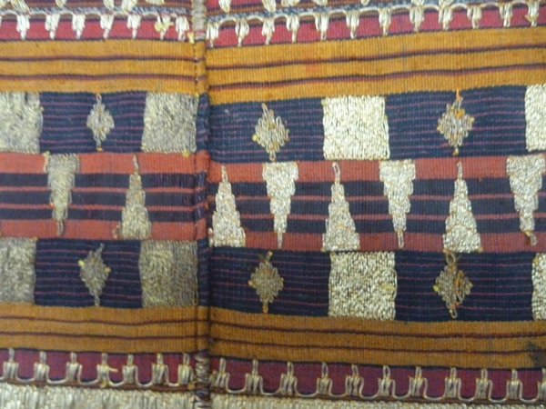 A SELECTION OF SOUTHEAST ASIAN TEXTILES AT OIDA GALLERY1